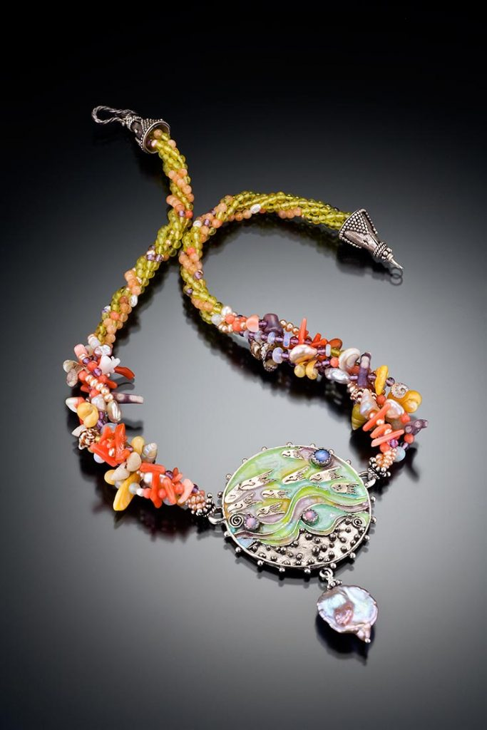 mh-necklace