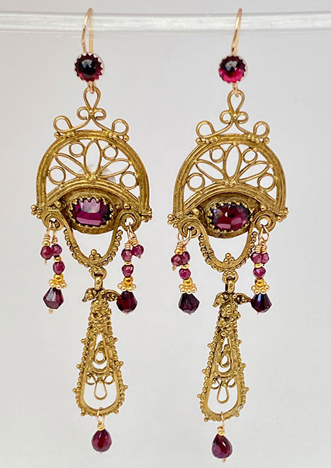 Bronze, Garnets Earrings