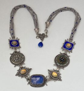 Musi Jewelry necklace