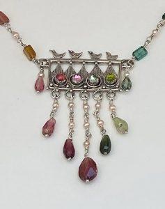 Musi necklace closeup